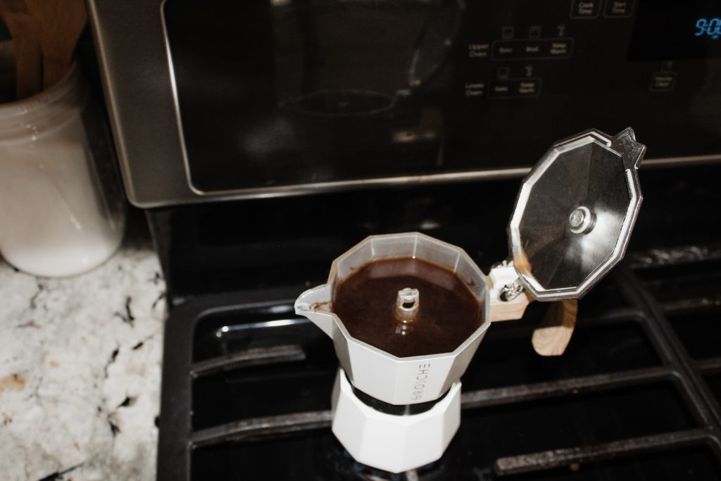 daffodilseid - moka pot coffee